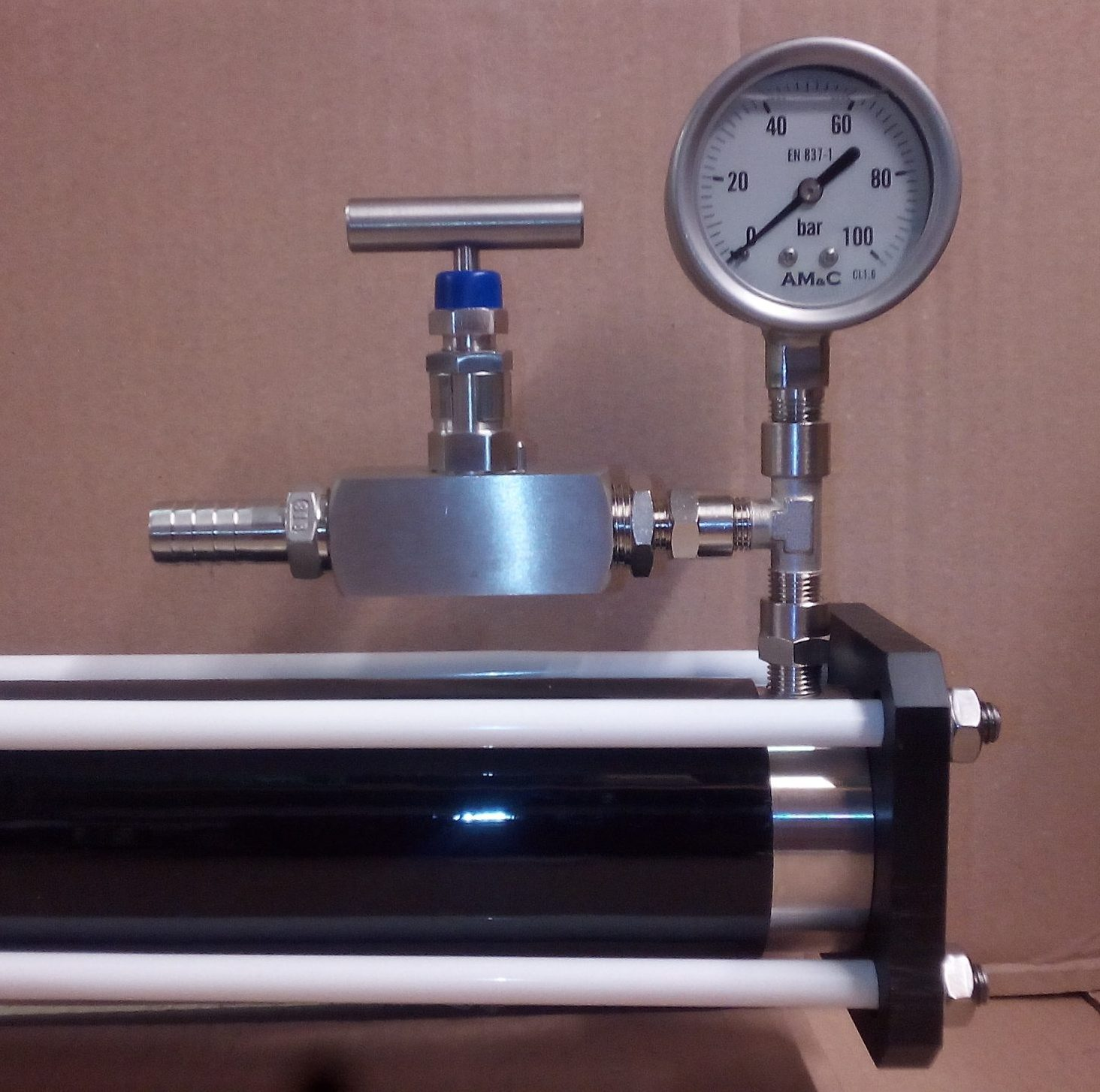 High Pressure Regulation Assembly with 63 mm. diam. Gauge   BLUE GOLD Watermakers